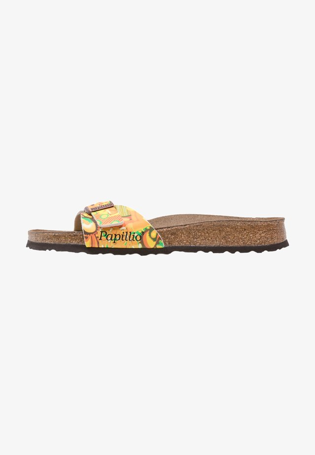 MADRID - Slippers - african wax gold