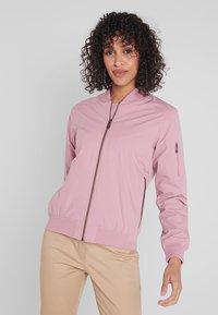 Cross Sportswear - BOMBER JACKET - Kurtka przeciwdeszczowa - old pink - 0