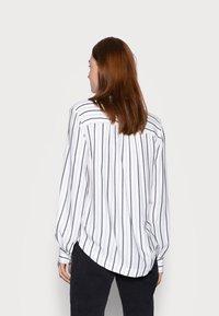 Gap Tall - SHIRRED - Blouse - black white - 2