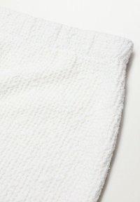 Mango - UPPER - Mini skirt - blanc - 6