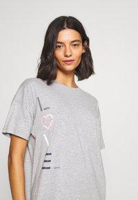 Esprit - GOLDAH  SET - Pyjama set - light grey - 3