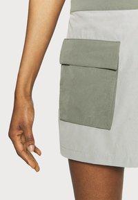 The North Face - PARAMOUNT SKORT - Sports skirt - dark grey/olive - 4