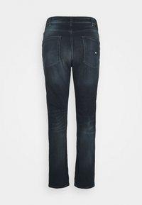 Tommy Jeans Plus - SCANTON SLIM - Slim fit jeans - CORNELL BLUE BLACK STRETCH - 5
