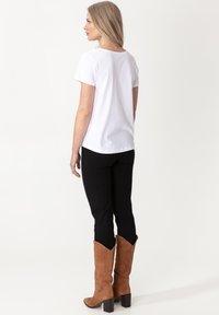 Indiska - MATHILDA - Basic T-shirt - white - 1