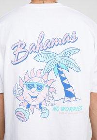 Topman - BAHAMAS TEE - T-shirt med print - white - 5