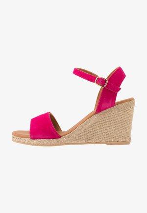 Wedge sandals - amalfi fuxia
