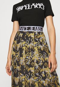Versace Jeans Couture - A-line skirt - nero - 4