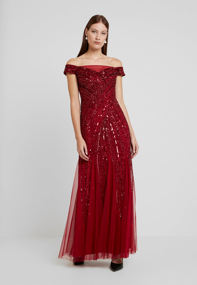 Adrianna Papell - BEADED OFF SHOULDER GOWN - Ballkjole - cranberry