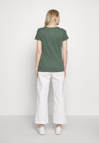 GAP - FAV CREW - Camiseta básica - cool olive - 2