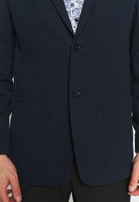 Calvin Klein Tailored - DOUBLE STRUCTURE - Blazer jacket - blue - 3