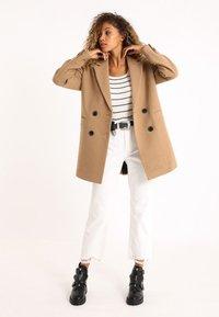 Pimkie - Krótki płaszcz - orangebraun - 1