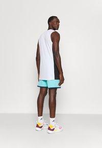 adidas Performance - DAME ROLAND GARROS DAMIAN LILLARD SIGNATURE AEROREADY WARMING - Pantaloncini sportivi - pulse aqua - 2