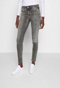 Replay - NEWLUZ HYPERFLEX - Jeans Skinny Fit - grey - 0