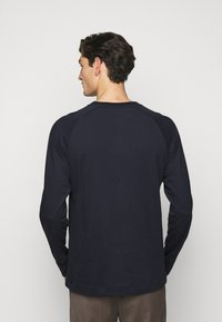 Libertine-Libertine - LECTURE LOGO - Long sleeved top - night sky - 2