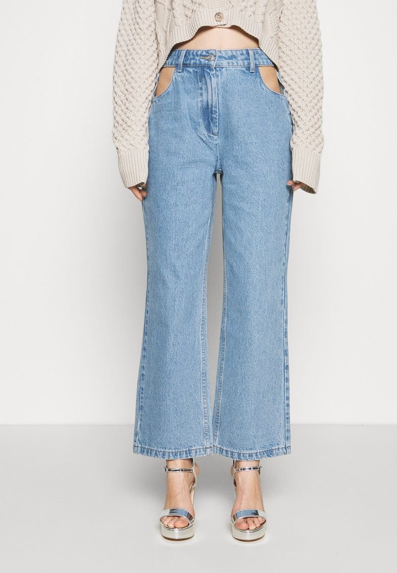 Milk it - BOYFRIEND CUTOUT POCKETS - Straight leg jeans - light blue