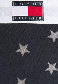 Tommy Hilfiger - THONG BURNOUT - Stringit - desert sky - 5