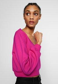 Ivyrevel - CROPPED - Sweatshirt - pink - 3
