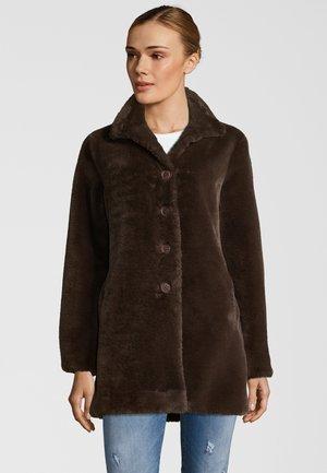NONNA - Winter coat - dark chocolate