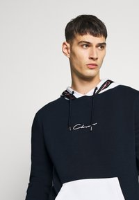 CLOSURE London - CONTRAST HOOD WITH TAPING - Hoodie - navy - 4