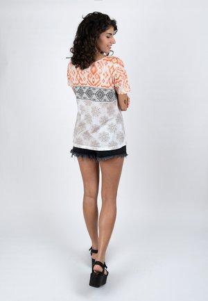 Print T-shirt - mellow
