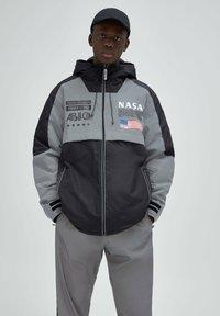 PULL&BEAR - Light jacket - dark grey - 0