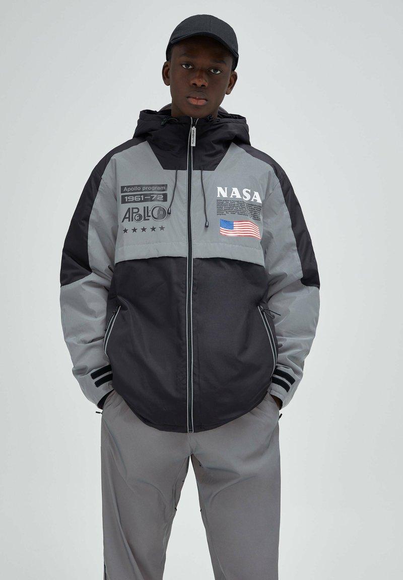 PULL&BEAR - Light jacket - dark grey
