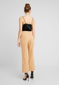 Missguided - TAILORED TROUSER  - Bukse - camel - 3
