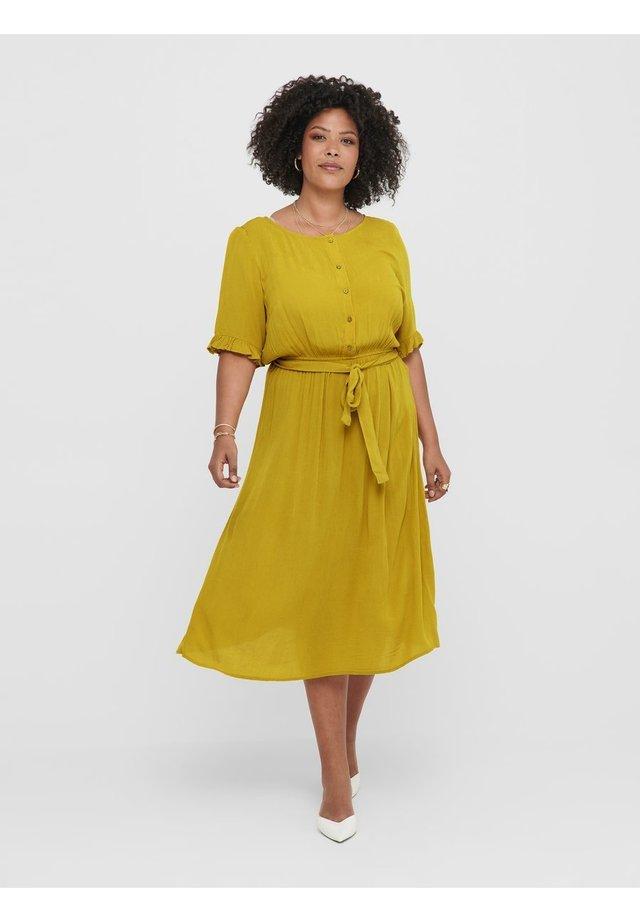 Robe chemise - golden spice