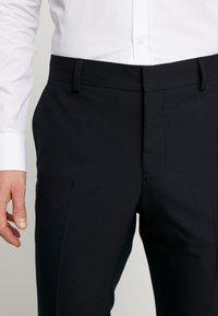 Esprit Collection - FESTIVE  - Garnitur - black - 6