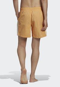 adidas Originals - ADICOLOR CLASSICS 3-STRIPES SWIM SHORTS - Shorts da mare - orange - 1