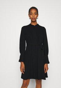Selected Femme Tall - SLFLIVIA SHORT DRESS NOOS - Kjole - black - 0