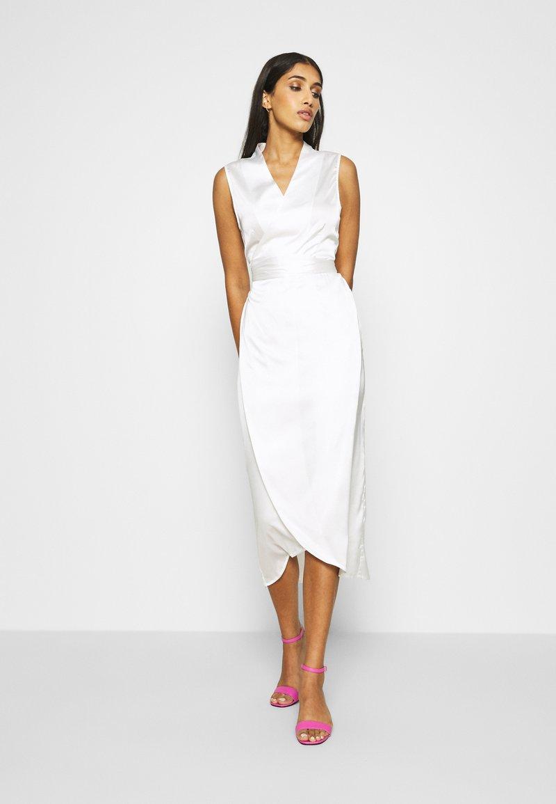 Never Fully Dressed - WRAP MIDI DRESS - Vestido de cóctel - ivory