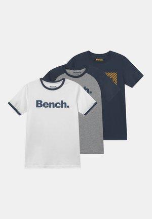 KEEVIL 3 PACK - T-shirt z nadrukiem - white/navy/grey marl