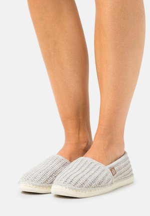 PANTOUFLE  - Slippers - beige