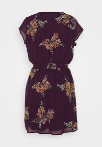 Vero Moda - VMALLIE CAPSLEEVE DRESS - Day dress - winetasting - 1