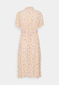 Pieces Petite - PCMILLER DRESS - Shirt dress - hemp - 1