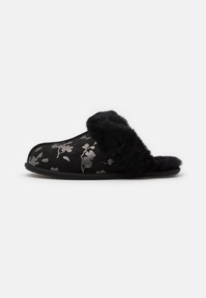 SCUFFETTE FLORAL - Chaussons - black