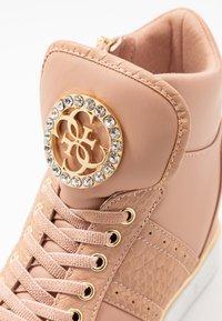 Guess - FREETA - Sneakers high - blush - 2