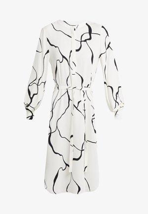 BONNE ABSTRACT DRESS - Denní šaty - snow white