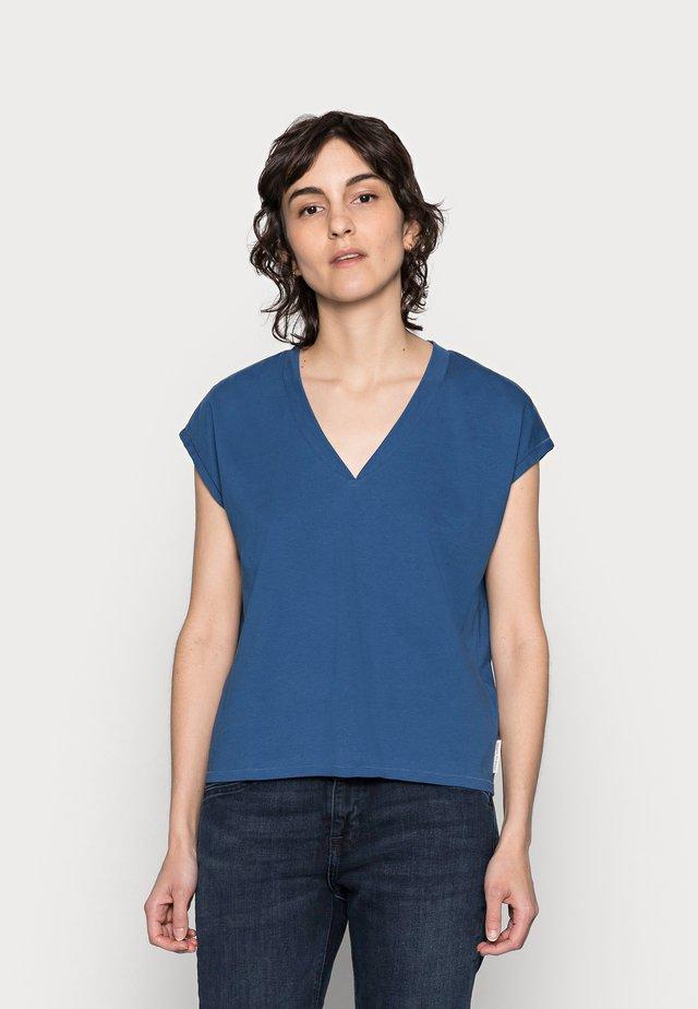 T-shirt basic - lake blue
