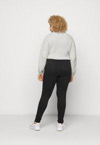 ONLY Carmakoma - CARLAOLA LIFE - Jeans Skinny Fit - black - 2