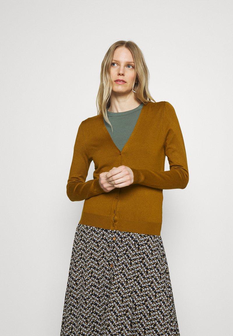 Anna Field - BASIC V-NECK CARDIGAN - Gilet - light brown