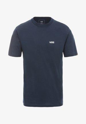MN LEFT CHEST LOGO TEE - Print T-shirt - navy-white
