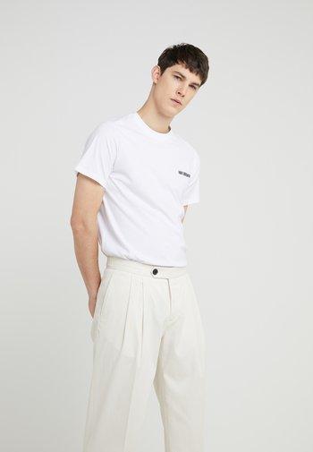 CASUAL TEE - Basic T-shirt - white
