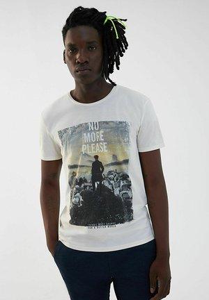 ROUND NECK, SHORT SLEEVES - Print T-shirt - ivoire
