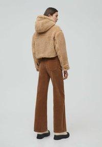 PULL&BEAR - MIT KAPUZE - Winter jacket - brown - 2