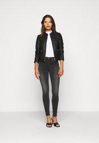 Dr.Denim Petite - PLENTY - Jeans Skinny Fit - iron black - 1