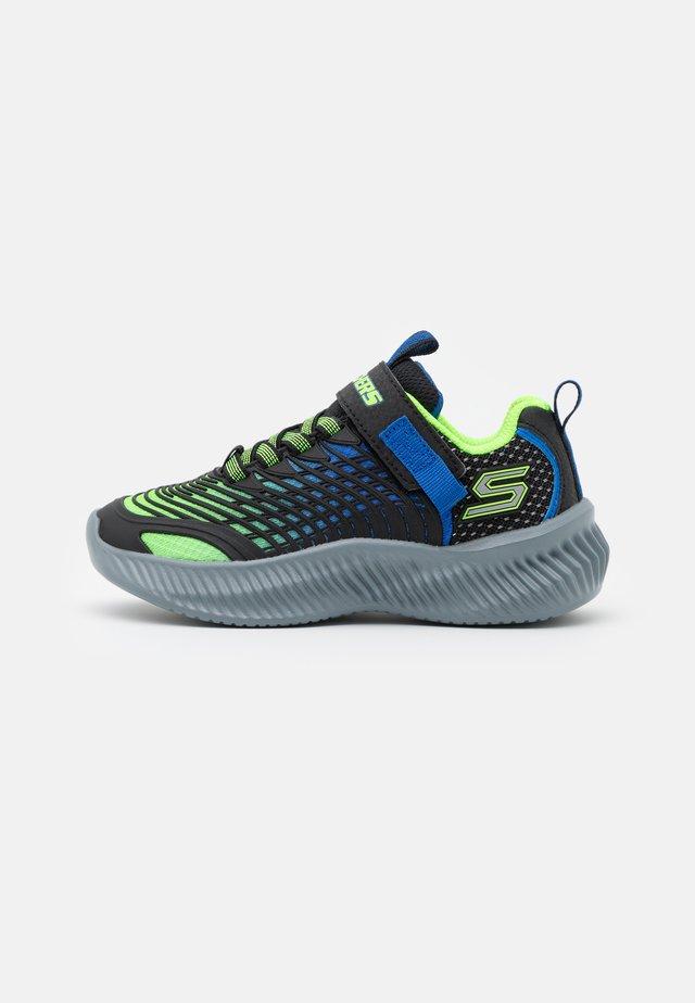 OPTICO UNISEX - Zapatillas de running neutras - lime/blue