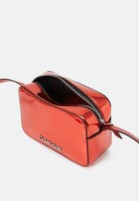 Calvin Klein - CAMERABAG - Across body bag - red - 2