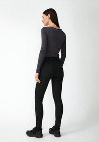 ARMEDANGELS - EVVAA  - Long sleeved top - acid black - 2